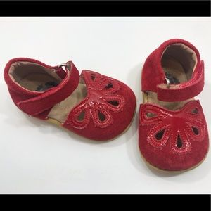 Livie and Luca red Petal Mary Janes size 4